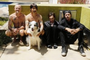 Red_Hot_Chilli_Peppers-2016-promo-by-Steve-Keros