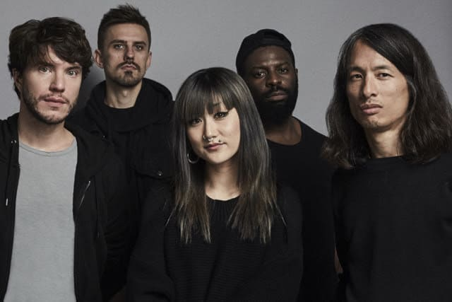 Tech / VR pop outfit Miro Shot provide ominous warning on new track 'Used To Say Things To Strangers ile ilgili görsel sonucu