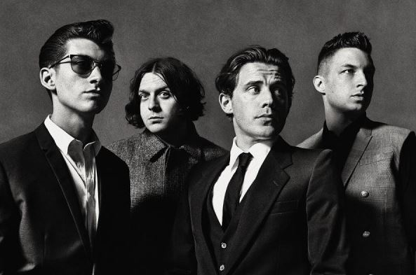 Artic-Monkeys-2013-1a