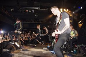 Papa_Roach_stage-right-live-ophoto-2a