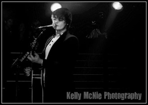Pete_Doherty_live_ 1(Edinburgh2011)