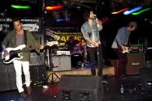The_Dirty_Mags_live_1a