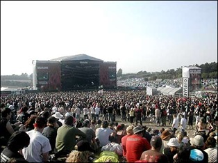 download_crowd